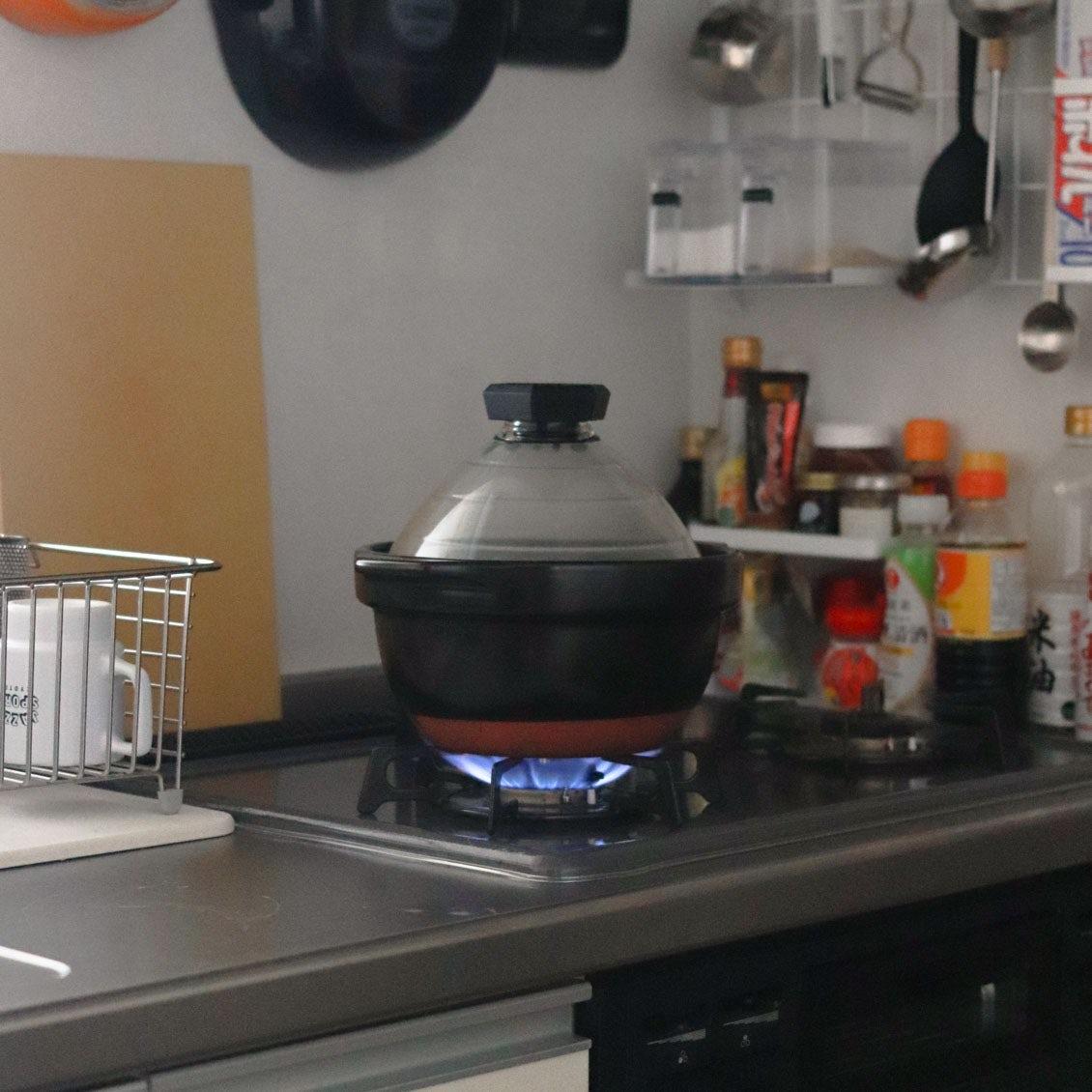 【スタッフの愛用品】毎日のごはんがちょっぴり贅沢に。簡単においしいごはんが炊ける土鍋