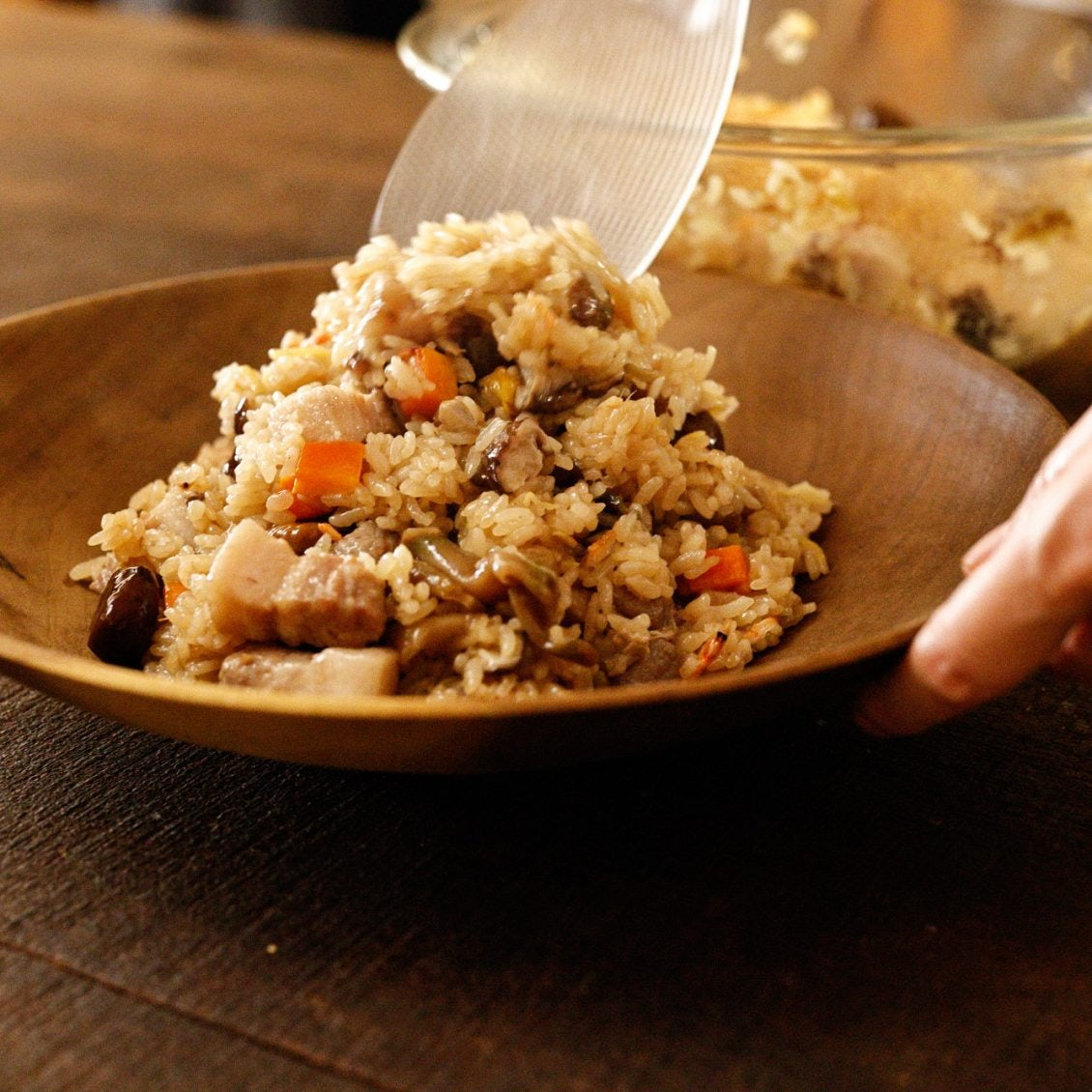 【炊き込みごはんを味方につける】第4話:レンジで完成!身近な食材でつくる「中華風レンジおこわ」