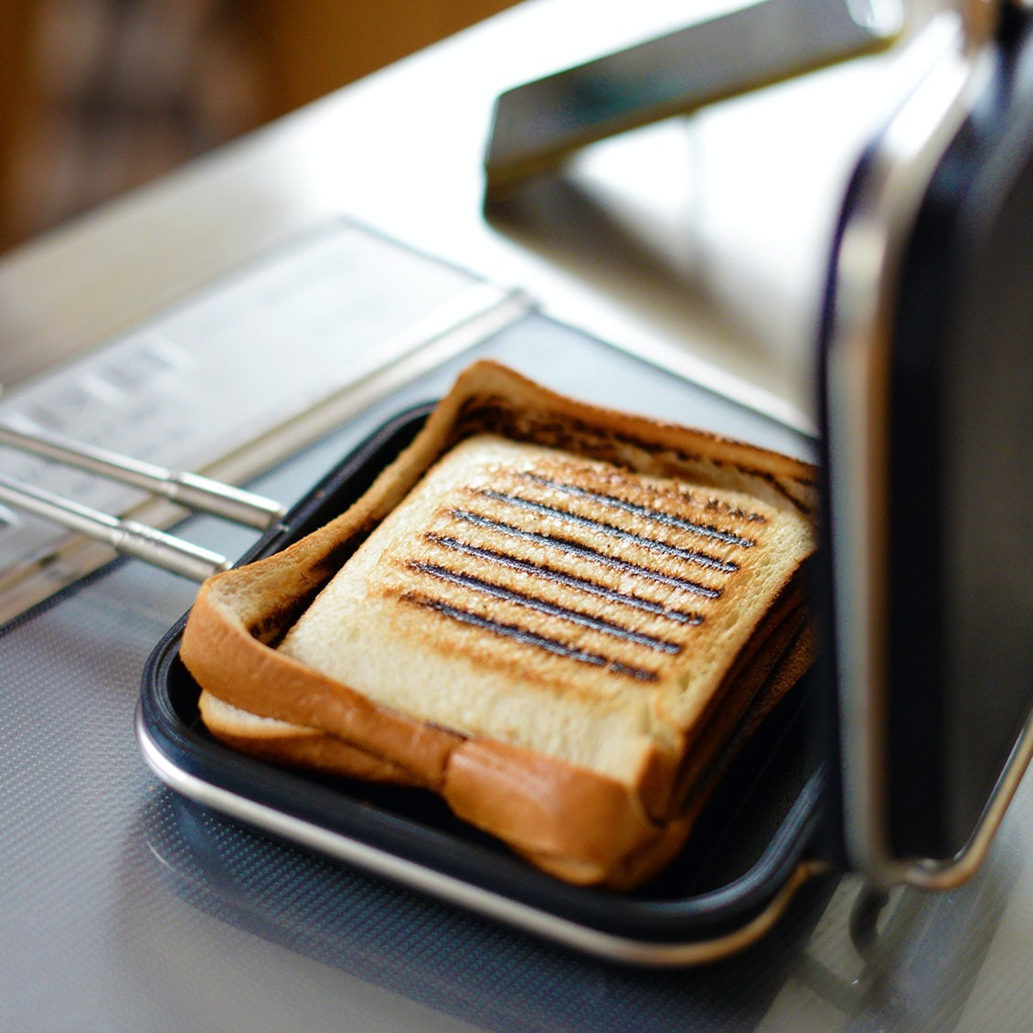 【新商品】バイヤー全員が納得!一度使ったら手放せない、家事問屋ホットパンの登場です。