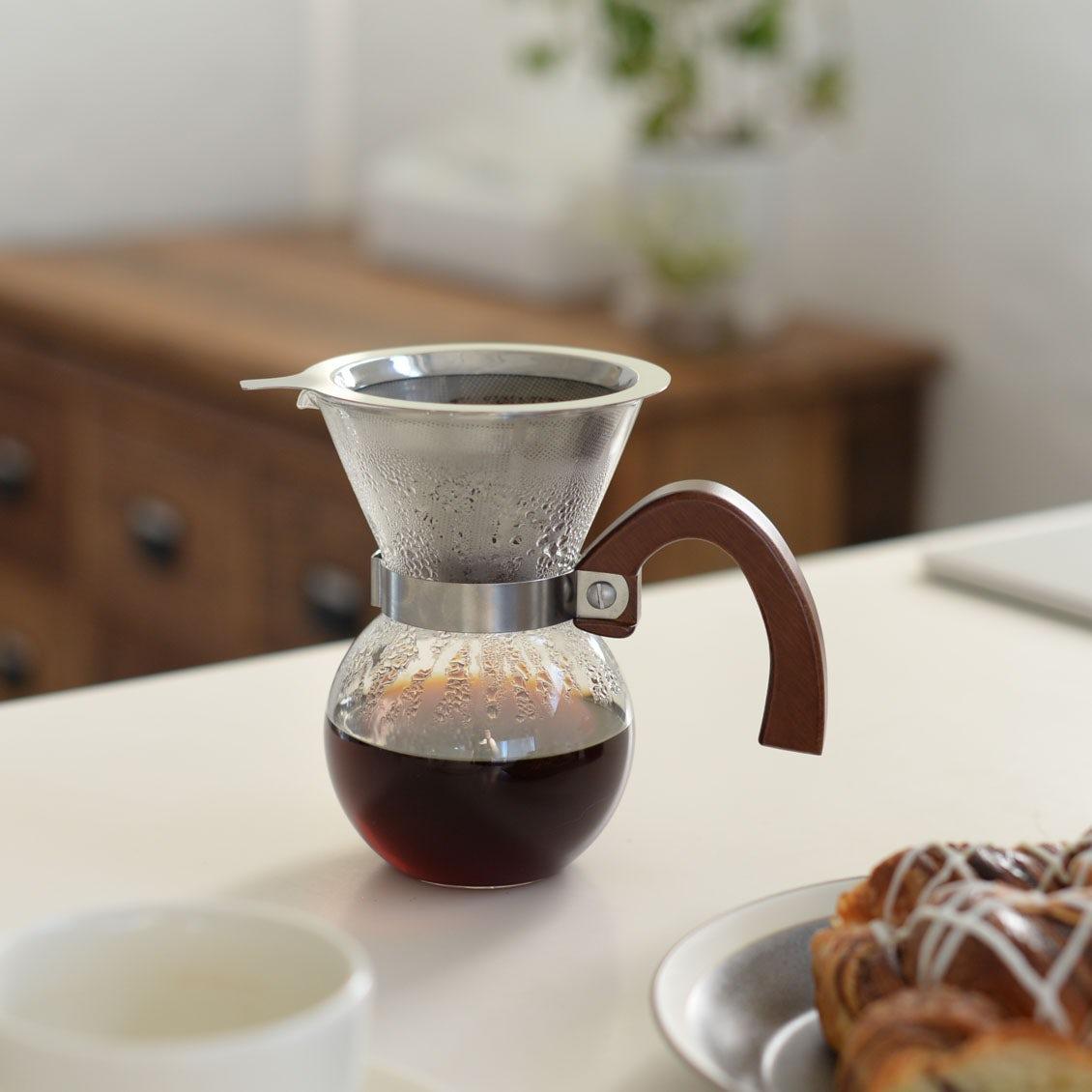 【新商品】ペーパー不要、そのまま注ぐだけでOK! 愛らしい佇まいの「コーヒードリッパーセット」が新登場です♪