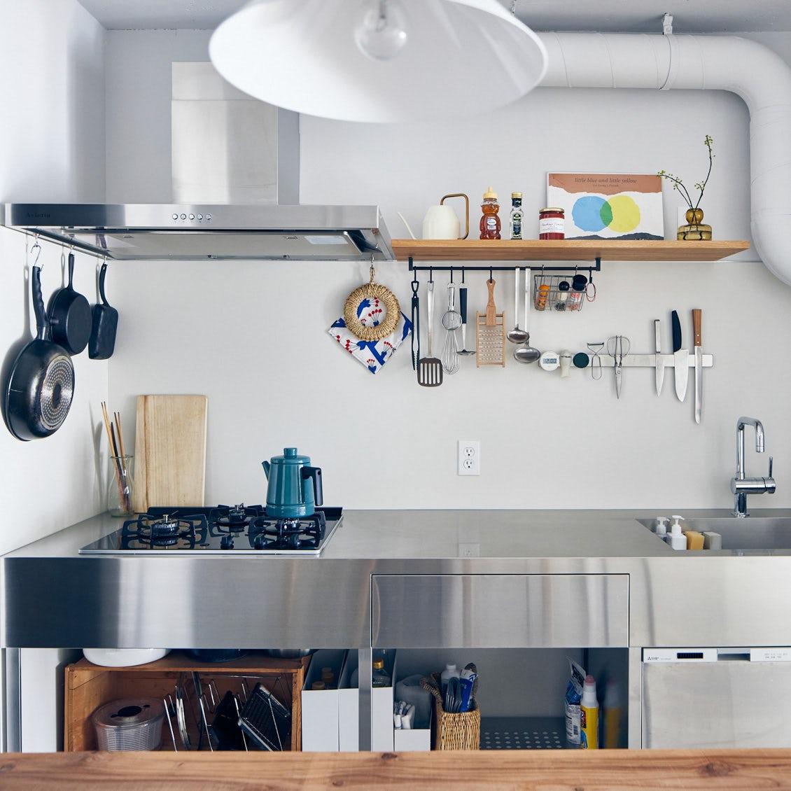 【スタッフのお宅訪問】第2話:丸見えになるからお気に入りは譲れない。キッチンのはなし