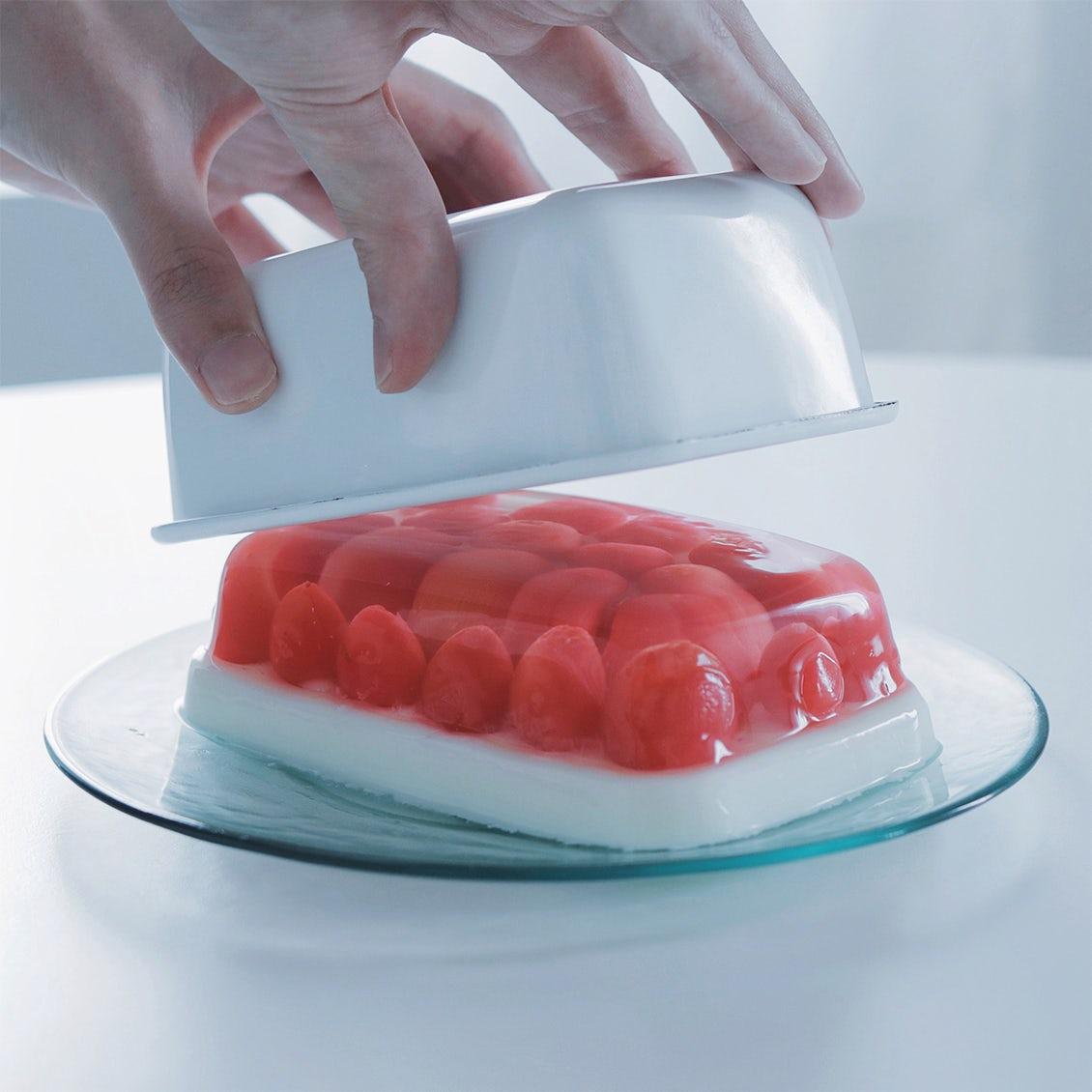【tomei museum】recipe.3:「かわいい」をいただきます。さくらんぼのゼリーケーキ