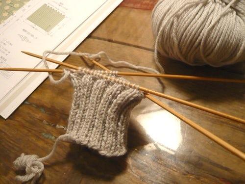 編み物、始めました。